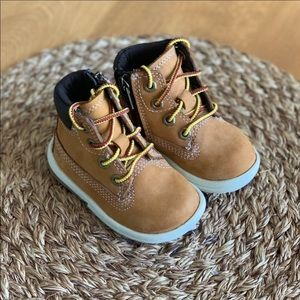 Timberland NEW Toddler Toddle Tracks Boots Size 4